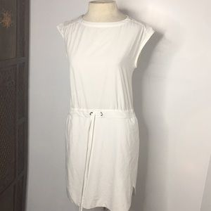 Athleta Rincon dress in white